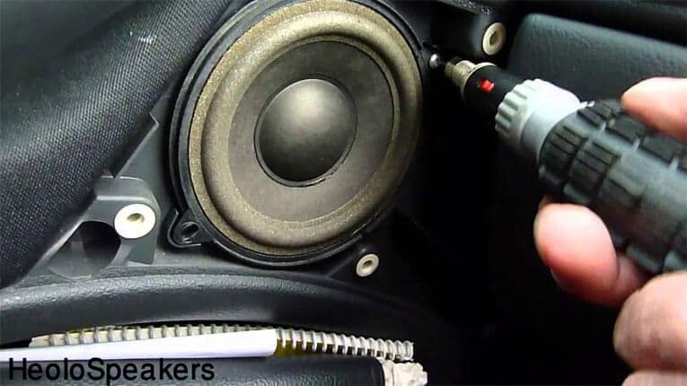 How to Change Your Car Speaker